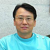 신동진 대표원장 사진